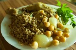 Palestinian Couscous (Maftoul)